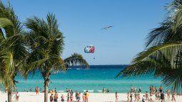 Cancún encabeza el ránking de Forbes de los destinos para viajar en 2021.