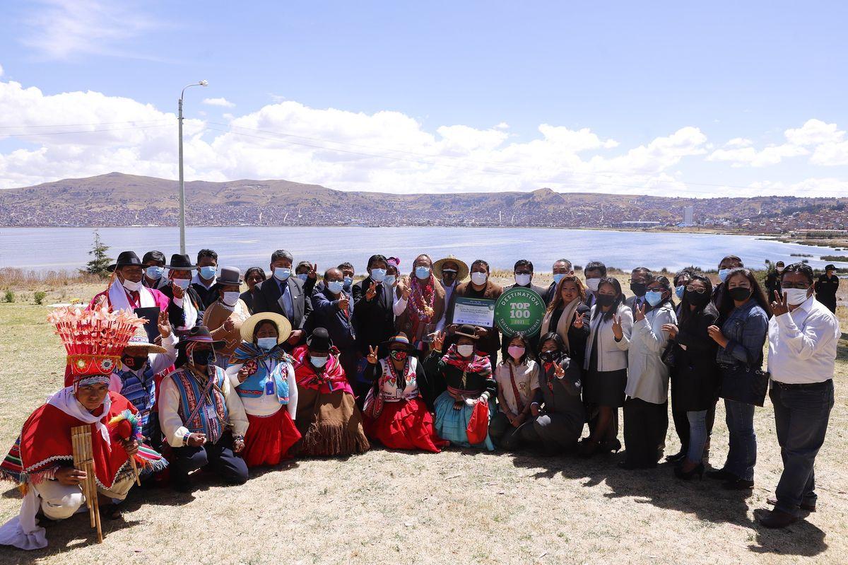 Mincetur entregó reconocimiento a atractivos peruanos como el Lago Titicaca