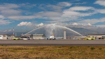 Aeroregional ya opera la ruta Quito-Guayaquil-Galápagos