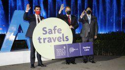 Diego Llosa, Jorge Muñoz y Carlos Canales, en la ceremonia de entrega del sello Safe Travels a Lima.