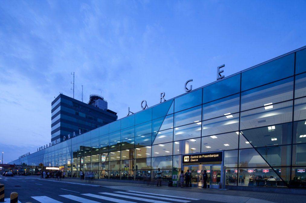 Aeropuerto Internacional Jorge Chávez (Lima- Perú)
