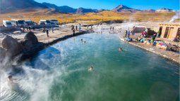 Las termas del norte de Chile se caracterizan por su entorno desértico y por surgir de pozas naturales.