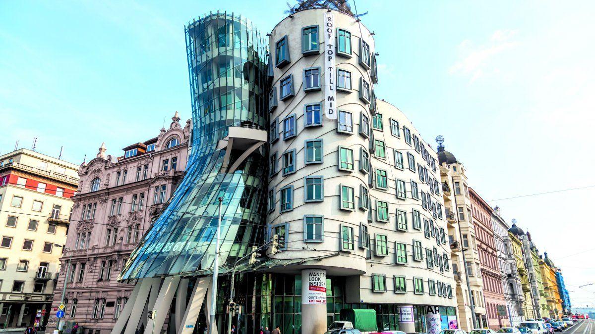 La magnífica Casa Danzante, en Praga.