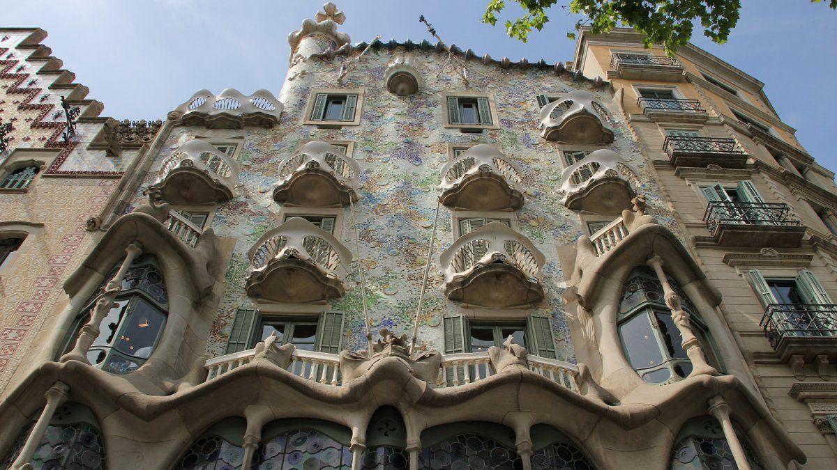 4 Obras De Gaudí En Barcelona Que Debes Visitar