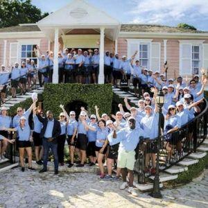 SANDALS. Una competencia de golf con ritmo, color y sabor jamaiquino
