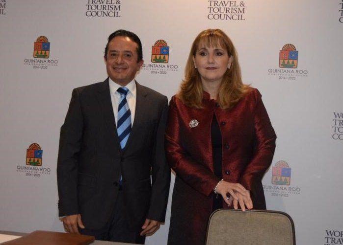 Carlos Joaquín González y Gloria Guevara Manzo.
