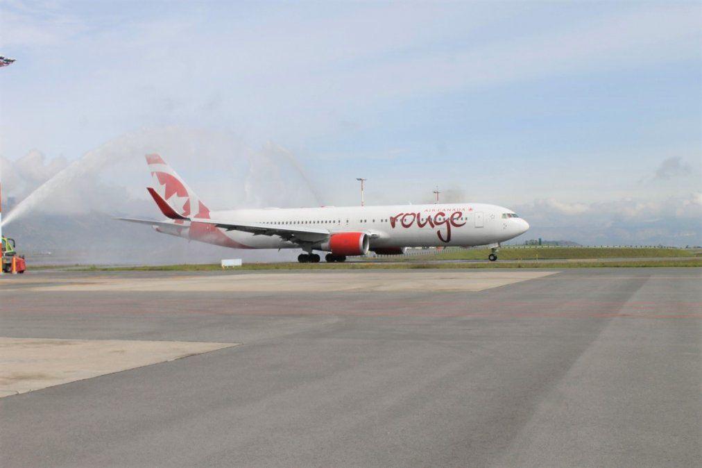 Aeronave de Air Canada en el aeropuerto de Quito (archivo)