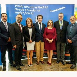 PLUS ULTRA. La aerolínea realizó su vuelo inaugural de la ruta Quito-Madrid